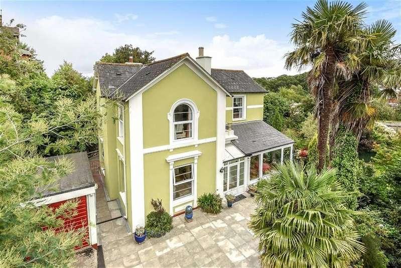4 Bedrooms Detached House for sale in Keyberry Park, Newton Abbot, Devon, TQ12