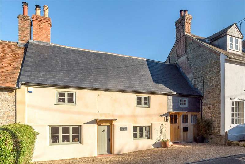 2 Bedrooms Unique Property for sale in The Street, Lodsworth, Petworth, West Sussex, GU28
