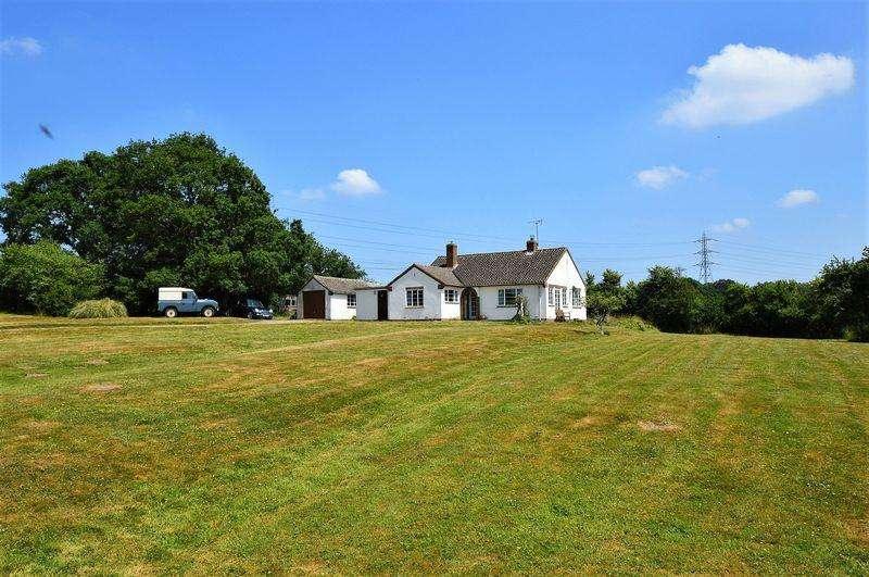 3 Bedrooms Detached Bungalow for sale in Edgioake Lane * Astwood Bank * B96 6LL