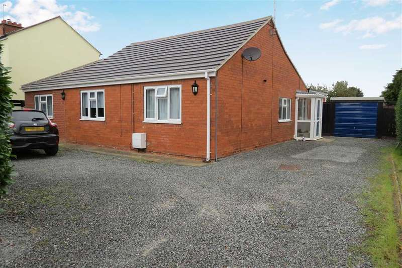 3 Bedrooms Detached Bungalow for sale in Chapel Lane, Leasingham