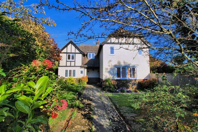 5 Bedrooms Detached House for sale in Southdown Road, Seaford, East Sussex