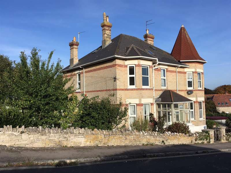 6 Bedrooms Detached House for sale in St Vasts Road, Swanage