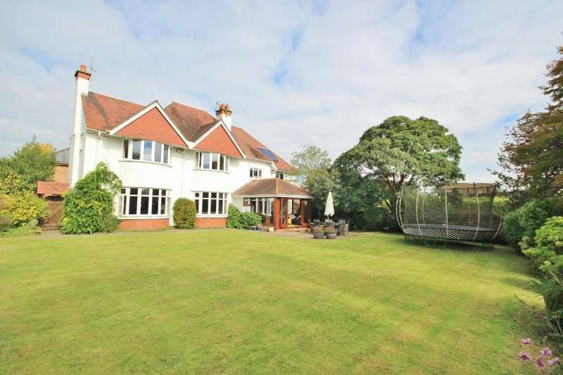 6 Bedrooms Detached House for sale in Heol Isaf, Radyr, Cardiff
