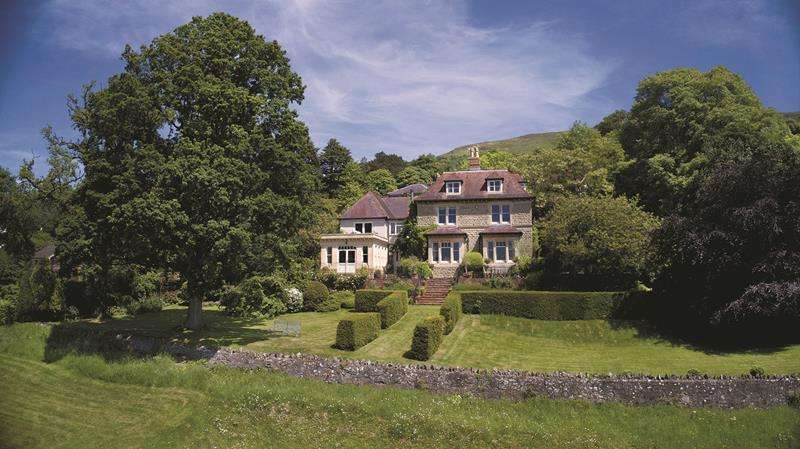 7 Bedrooms Detached House for sale in Oakwood, Blackheath Way, West Malvern, Malvern, Worcestershire, WR14 4DR