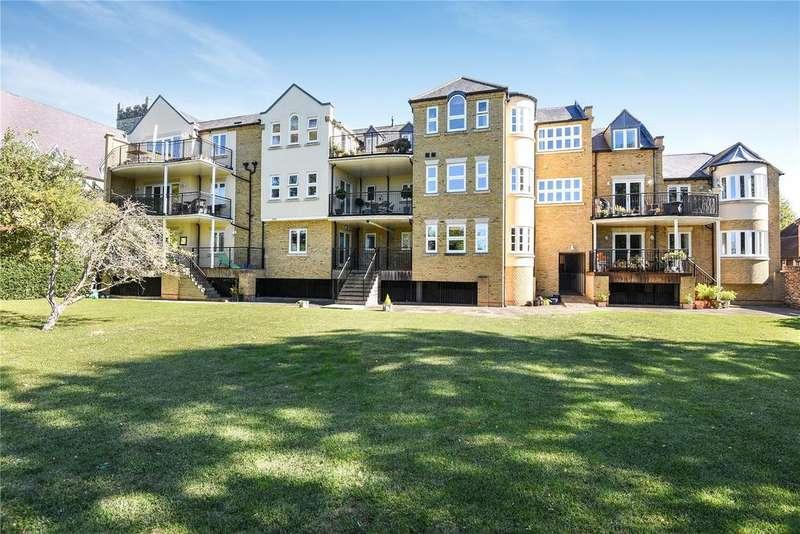 3 Bedrooms Apartment Flat for sale in St. John's Square, Eton, Windsor, Berkshire, SL4