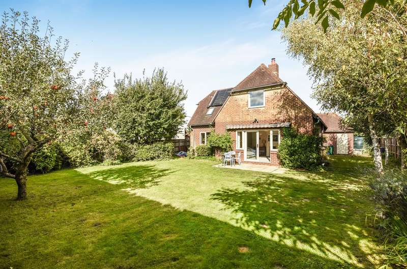 3 Bedrooms Detached House for sale in Graffham, Near Petworth