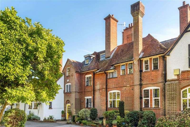 5 Bedrooms Terraced House for sale in Hurlands, Puttenham Heath Road, Puttenham, Guildford, GU3