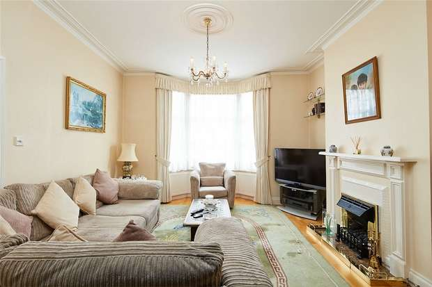 3 Bedrooms Terraced House for sale in Burns Road, Harlesden, London