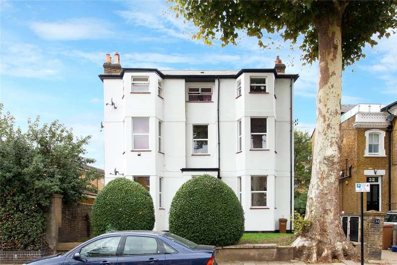 2 Bedrooms Flat for sale in Ainsworth Road, London, E9