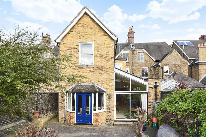 12 Bedrooms Semi Detached House for sale in Watts Avenue, Rochester,