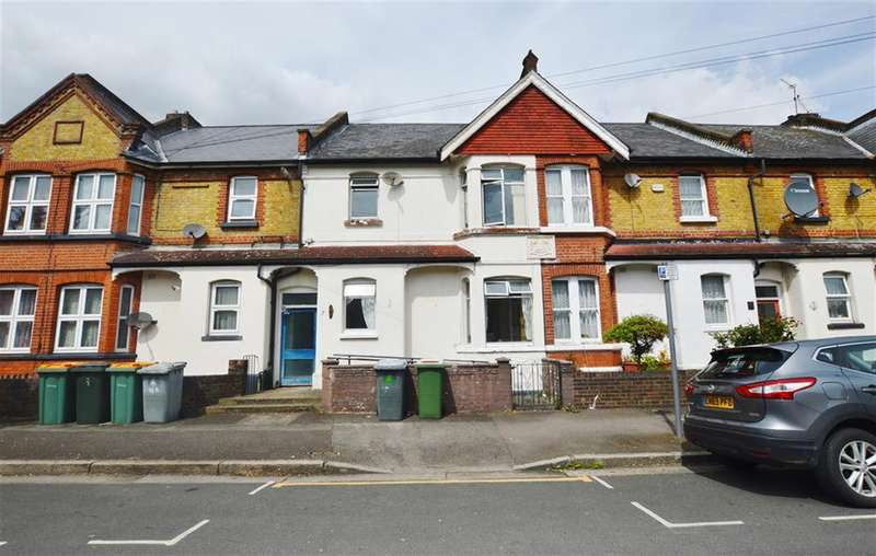 3 Bedrooms Terraced House for sale in Brooks Avenue, East Ham, London, E6 3PQ