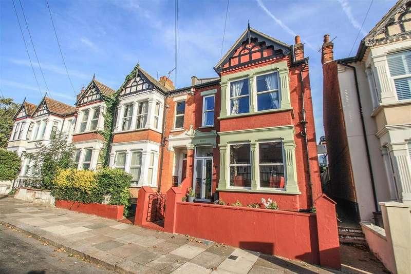 5 Bedrooms Semi Detached House for sale in Milton Avenue, Westcliff-on-Sea