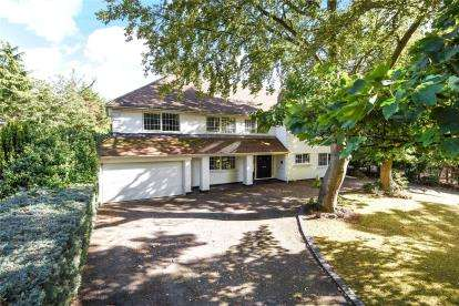 5 Bedrooms Detached House for sale in Forest Ridge, Keston Park, Kent