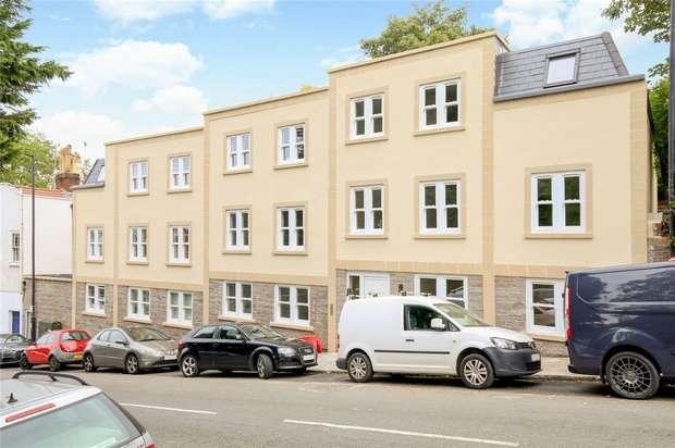 2 Bedrooms Flat for sale in 16a Hampton Road, Redland, Bristol