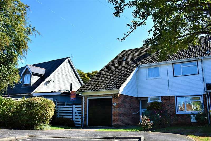3 Bedrooms Semi Detached House for sale in Orchard Road, Havant