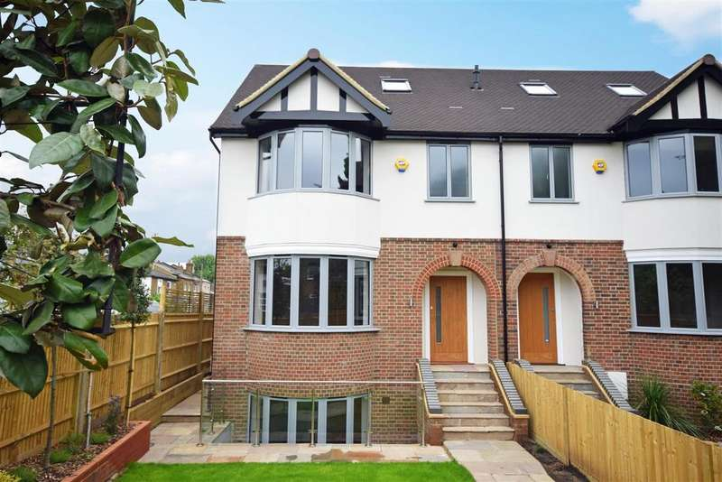 4 Bedrooms Semi Detached House for sale in Staines Road, Twickenham