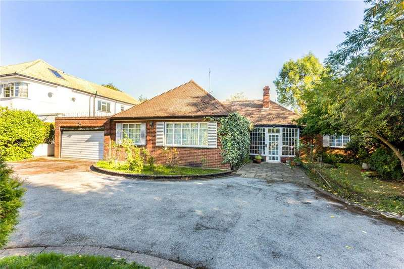 3 Bedrooms Detached Bungalow for sale in Church Lane, Loughton, Essex, IG10