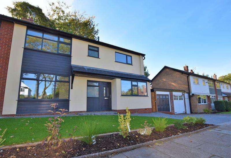 3 Bedrooms Semi Detached House for sale in Southworth Road, Newton-Le-Willows