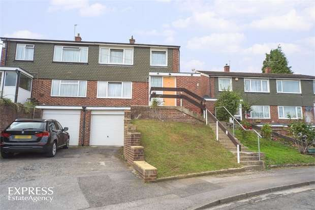 3 Bedrooms Semi Detached House for sale in Pettifer Way, High Wycombe, Buckinghamshire