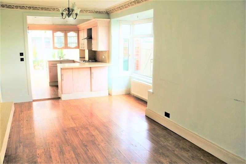 3 Bedrooms Semi Detached Bungalow for sale in Lovat Avenue, Redcar