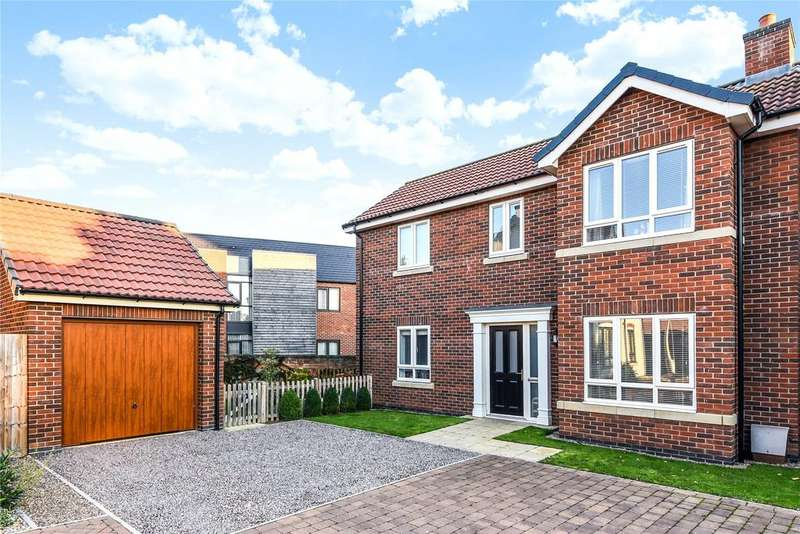 4 Bedrooms Detached House for sale in Canal Court, Saxilby, LN1