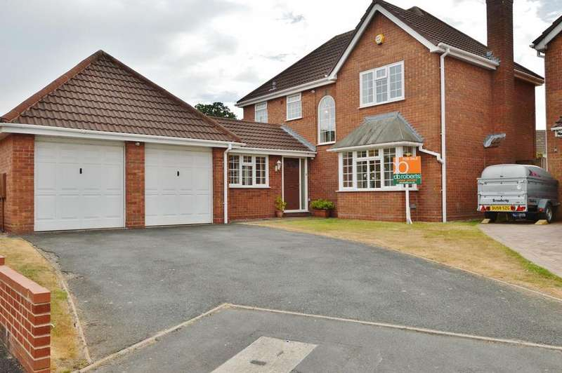 4 Bedrooms Detached House for sale in Honeysuckle Drive, Featherstone, Wolverhampton