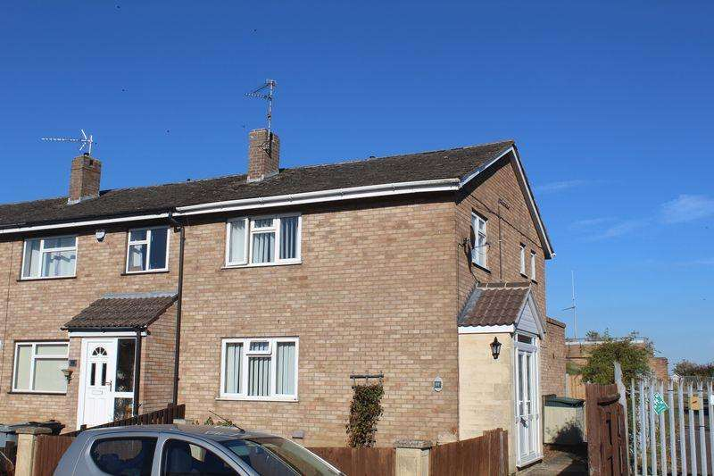 3 Bedrooms Terraced House for sale in Churchill Road, Stamford