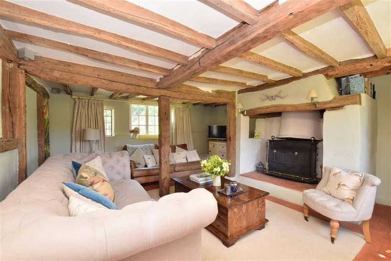 4 Bedrooms Detached House for sale in Chapel Road, , Smallfield, Horley, Surrey