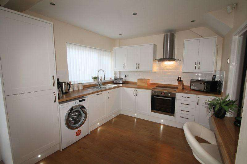 3 Bedrooms Semi Detached House for sale in Barden Road, Berwick Hills