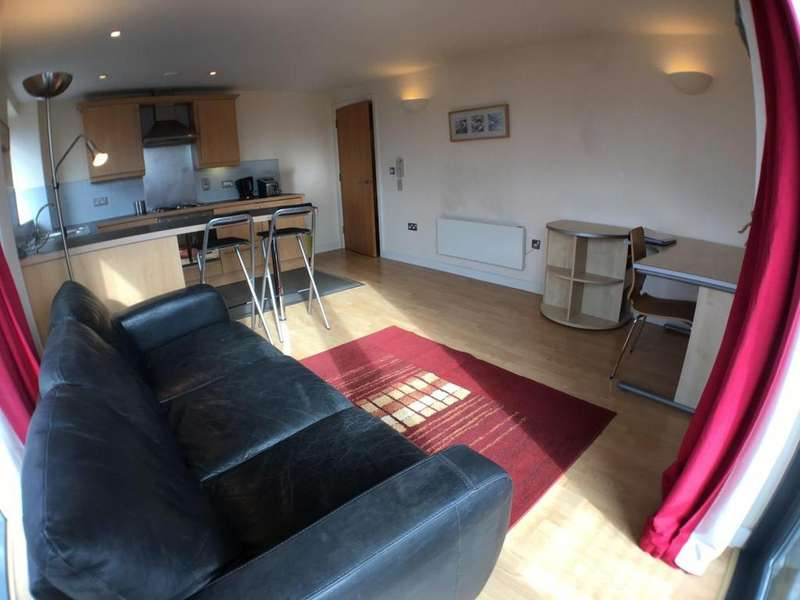 2 Bedrooms Apartment Flat for sale in City Walk, Leeds, LS11 9BF