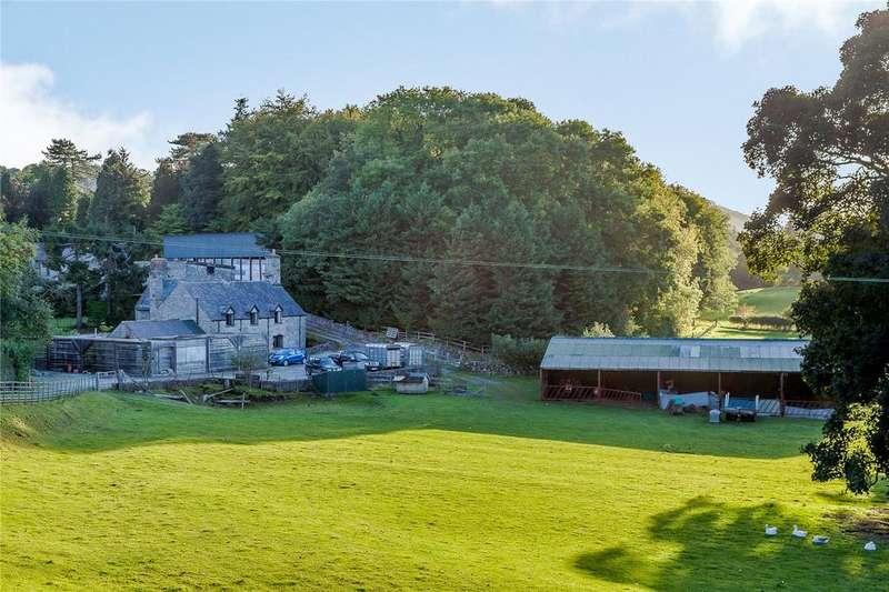 3 Bedrooms Detached House for sale in Maeshafn Road, Maeshafn, Nr Mold, Denbighshire, CH7