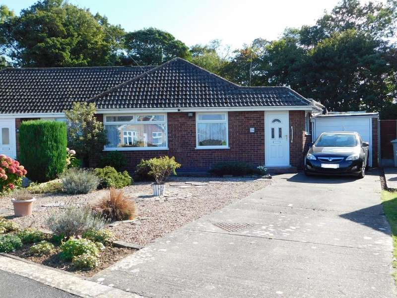 3 Bedrooms Semi Detached Bungalow for sale in Kingsthorpe Crescent, Skegness, PE25 3PW