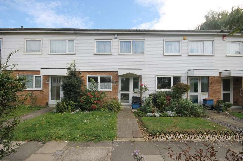 3 Bedrooms Terraced House for sale in Kingspark Court, London, E18