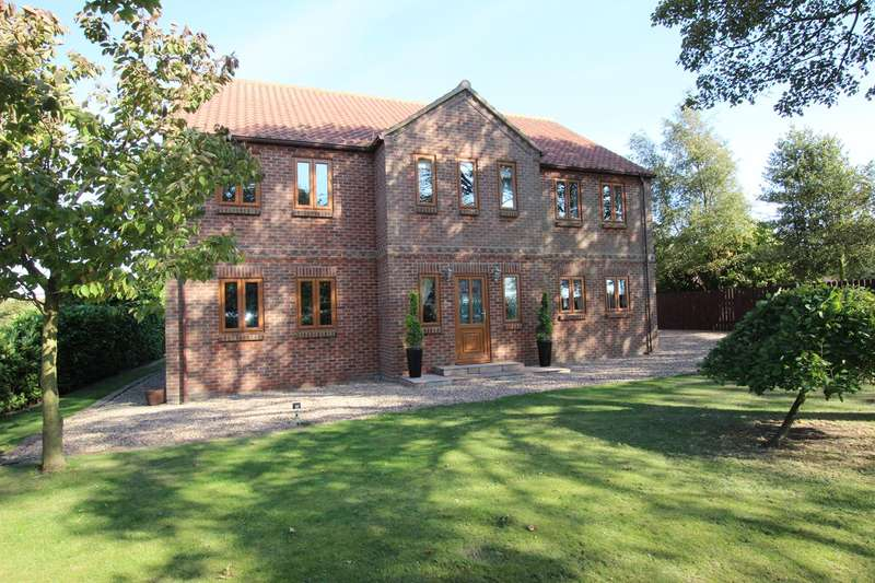 4 Bedrooms Detached House for sale in Dalton Lane, Halsham, HU12