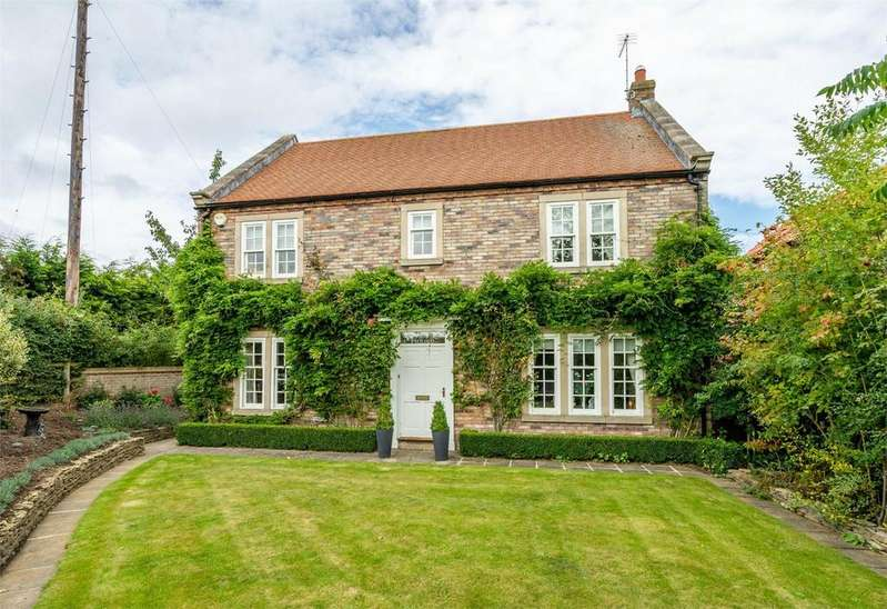 5 Bedrooms Detached House for sale in Barton Le Willows, York