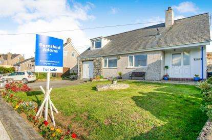 3 Bedrooms Detached House for sale in Llynfaes, Tyn Lon, Anglesey, Sir Ynys Mon, LL65