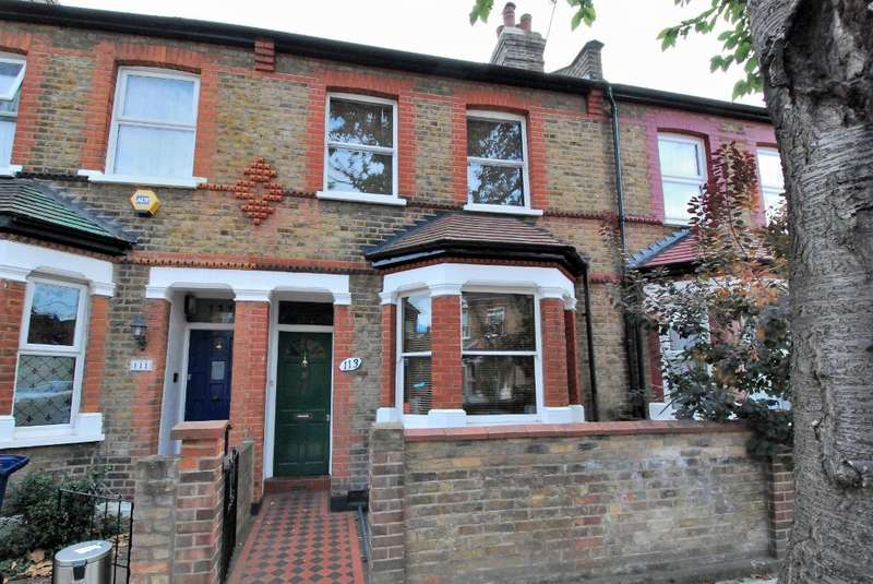 3 Bedrooms Terraced House for sale in Balfour Road, Ealing, London, W13 9TW
