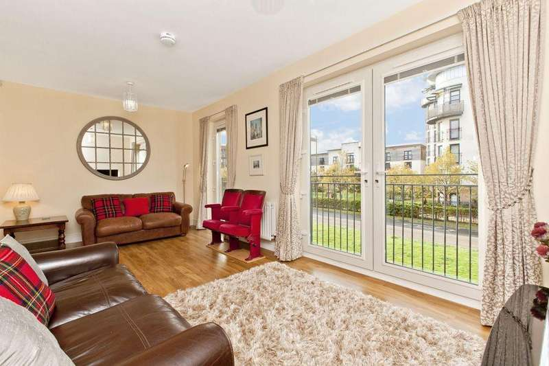3 Bedrooms Town House for sale in 21 Stevedore Place, The Shore, EH6 7BF