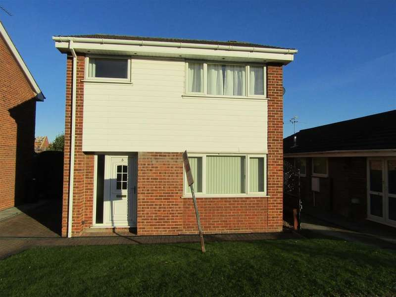 3 Bedrooms Detached House for sale in Harrow Close, Gainsborough, DN21 1YB