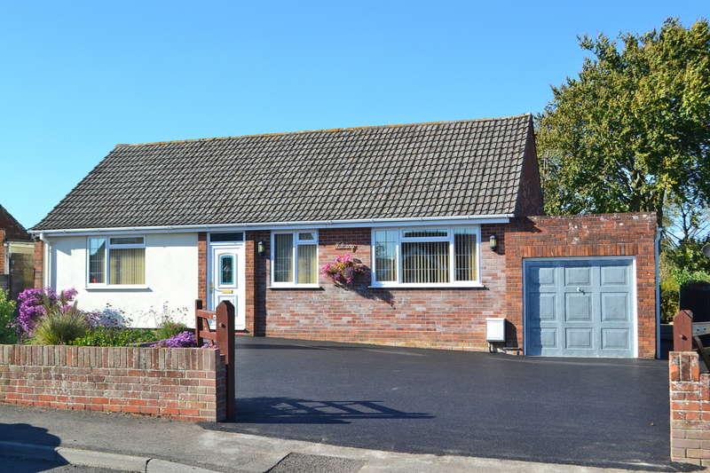 4 Bedrooms Chalet House for sale in Wincanton, Somerset, BA9