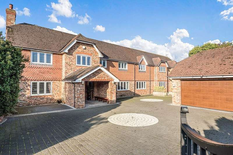 5 Bedrooms Detached House for sale in Mayfield Court Victoria Road, Formby, Liverpool, L37