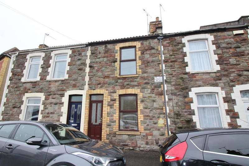 2 Bedrooms Terraced House for sale in Lower Station Road , Bristol