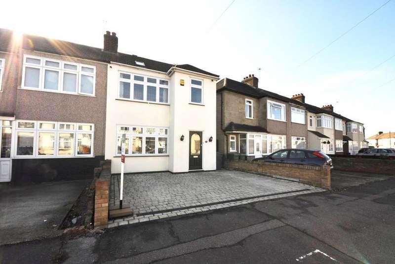 4 Bedrooms End Of Terrace House for sale in Gainsborough Road, Rainham, Essex, RM13