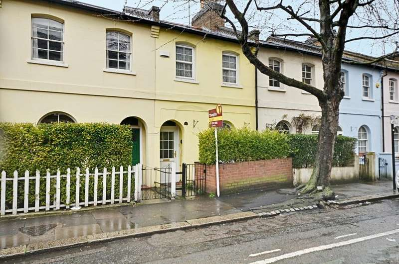 2 Bedrooms Cottage House for sale in Chiswick Road, Chiswick