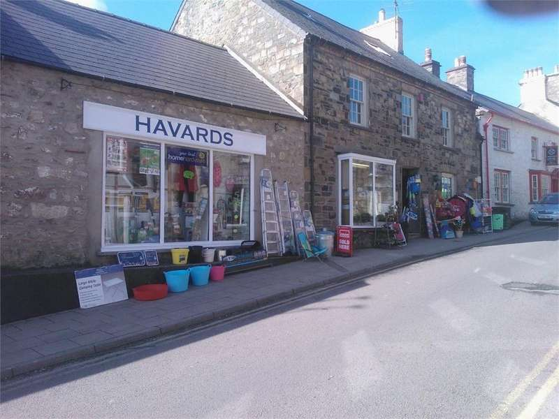 4 Bedrooms Terraced House for sale in Havards, East Street, Newport, Pembrokeshire