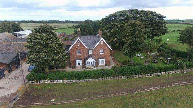 5 Bedrooms Detached House for sale in SHERATON HILL FARM, SHERATON, HARTLEPOOL AREA VILLAGES