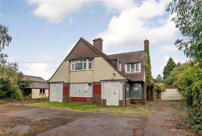 4 Bedrooms Detached House for sale in Newtown Road, Newbury, Berkshire, RG14