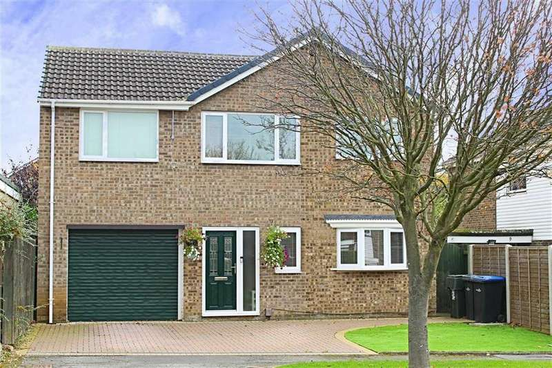 5 Bedrooms Detached House for sale in Whernside, Nunthorpe