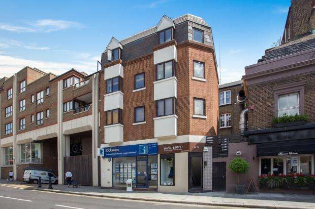 1 Bedroom Apartment Flat for sale in Earls Court Road W8