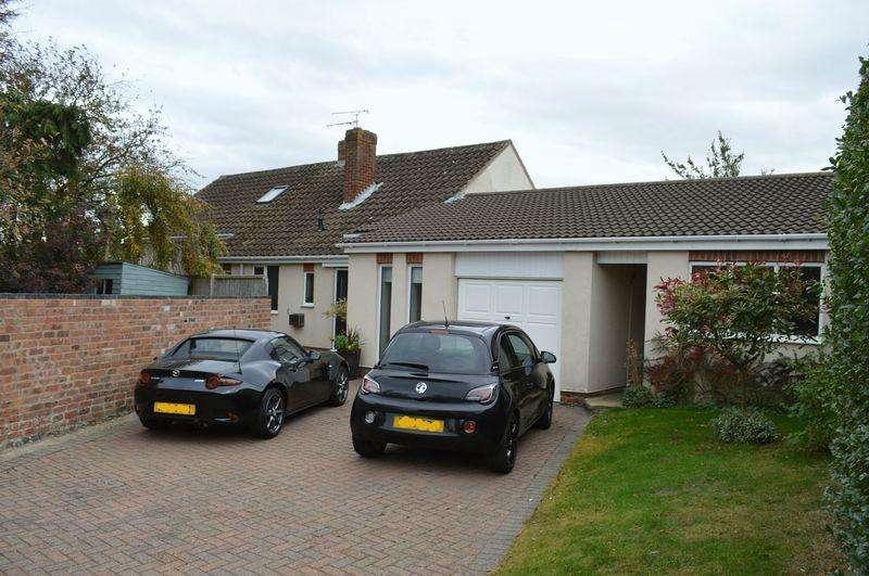 4 Bedrooms Detached Bungalow for sale in Plough Lane, Fiskerton